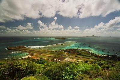 Сен-Винсент и Гренадины-1