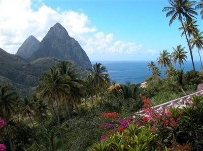 Сент-Люсия-карибский изумруд-10