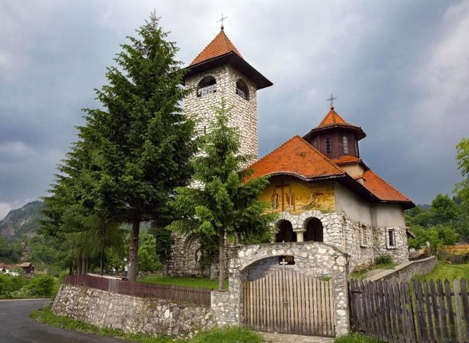 Румыния современность с патиной мистики-16
