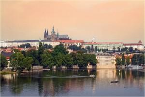 Старая и такая современная Прага